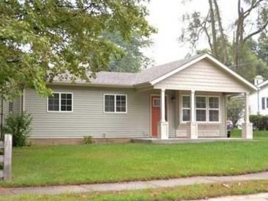 4010 Winthrop Dr, South Bend, IN 46614