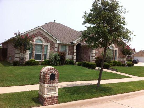 4423 Shady Elm Dr, Mansfield, TX 76063