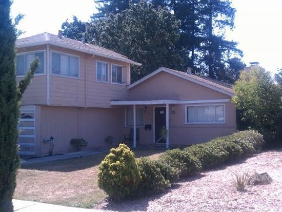 2683 Washington Ave, Redwood City, CA 94061