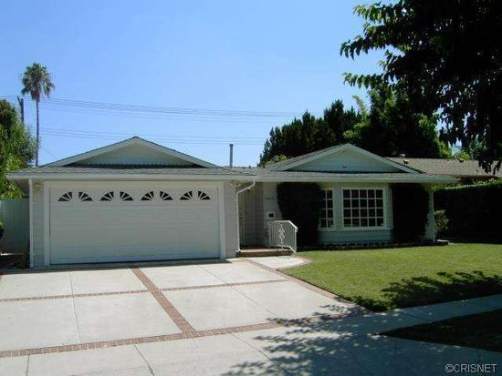 24232 Gilmore St, West Hills, CA 91307