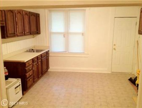 2825 Indiana St, Baltimore, MD 21230