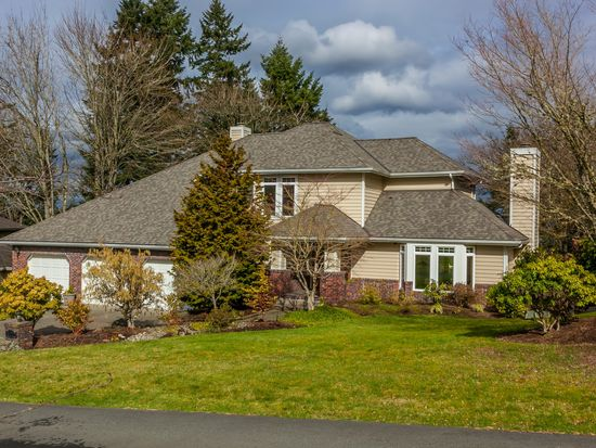 17210 105th Ave NE, Bothell, WA 98011
