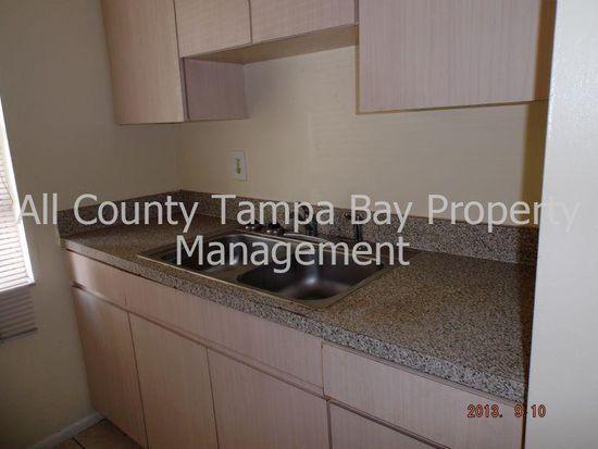 8412 N Lois Ave, Tampa, FL 33614