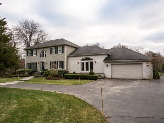 2360 Middle Rd, East Greenwich, RI 02818