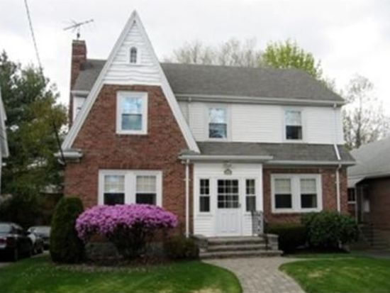 257 South St, Chestnut Hill, MA 02467