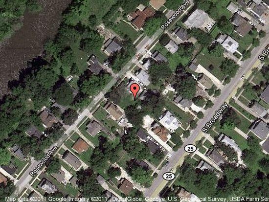 342 Rosewood Ave, Aurora, IL 60505