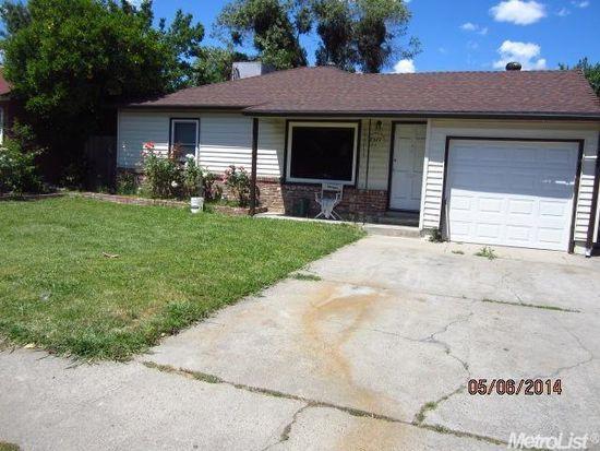 2571 Phyllis Ave, Sacramento, CA 95820