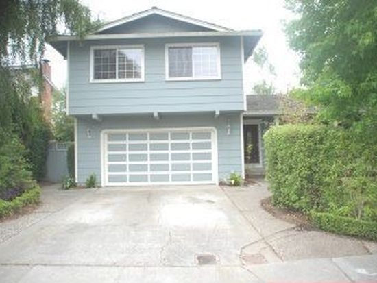 900 Kennedy Dr, Capitola, CA 95010