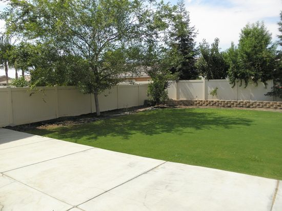 10014 Tungsten St, Bakersfield, CA 93311