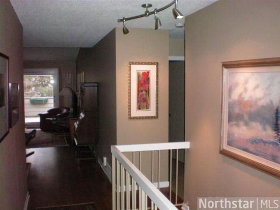 1046 Cedar View Dr, Minneapolis, MN 55405