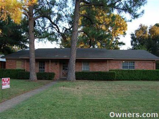 160 Oakridge Blvd, Lewisville, TX 75057