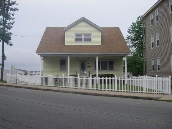 905 Bay St, Fall River, MA 02724