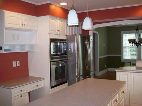 6 Ashmore Rd, Worcester, MA 01602