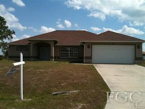 2915 64th St W, Lehigh Acres, FL 33971