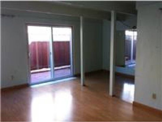 485 A St APT 18, Daly City, CA 94014