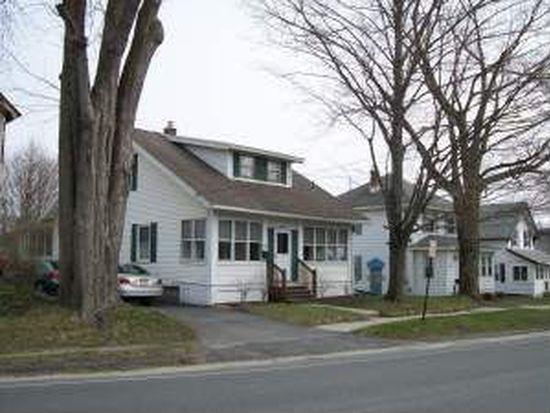 36 Meadow Ln, Pittsfield, MA 01201
