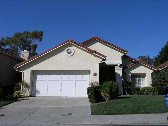 1670 Harbor Dr, Vista, CA 92081