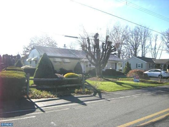 32 Perry Rd, Shoemakersville, PA 19555