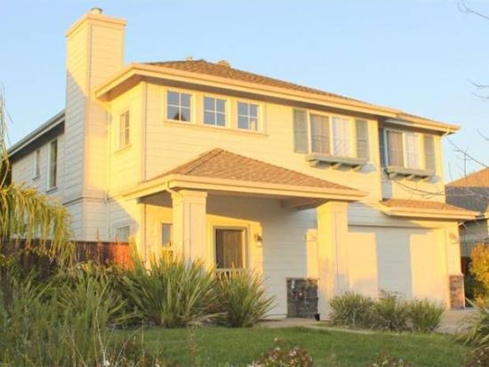 138 Greystone Ct, Santa Cruz, CA 95062