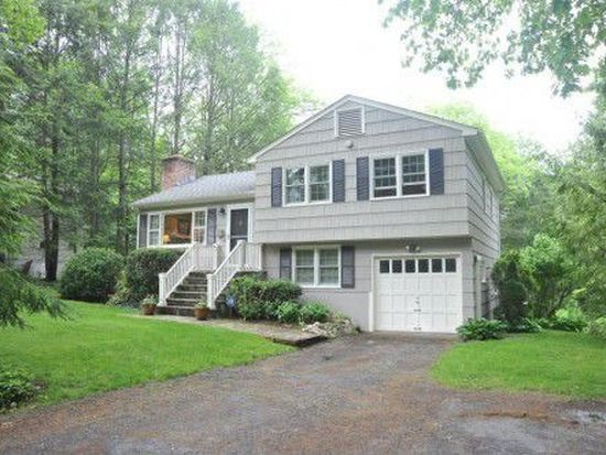 28 Down River Rd, New Canaan, CT 06840