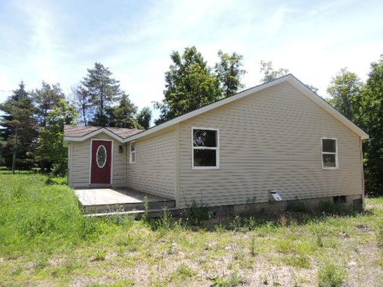 577 State Route 374, Cadyville, NY 12918
