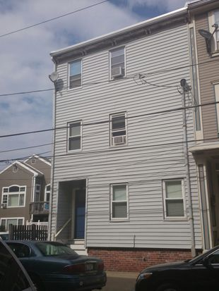 122 W 9th St UNIT 1, South Boston, MA 02127