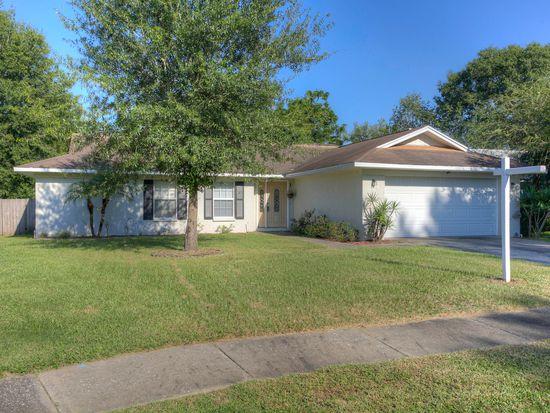 913 Tarawood Ln, Valrico, FL 33594