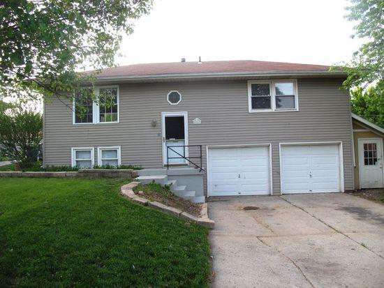 917 NE Sala Ln, Blue Springs, MO 64014