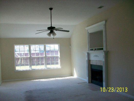 510 Auburn Rd, Glennville, GA 30427