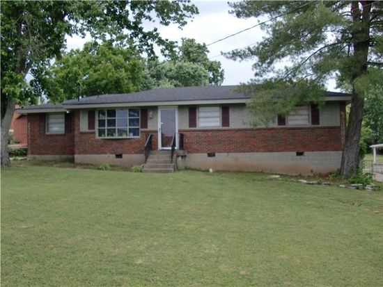 303 Bonnacroft Dr, Hermitage, TN 37076