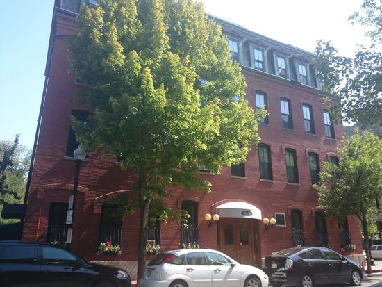 30 E Concord St APT 10, Boston, MA 02118