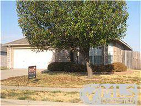 3136 Ponds Edge Trl, Grand Prairie, TX 75052
