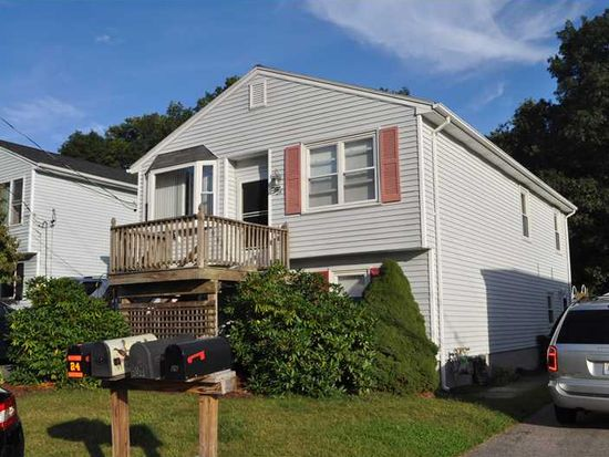 24 Morning Glory Rd, Cumberland, RI 02864