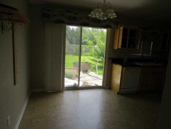 9040 Tara Cir, Milton, FL 32583