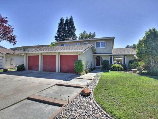 785 La Crosse Dr, Morgan Hill, CA 95037
