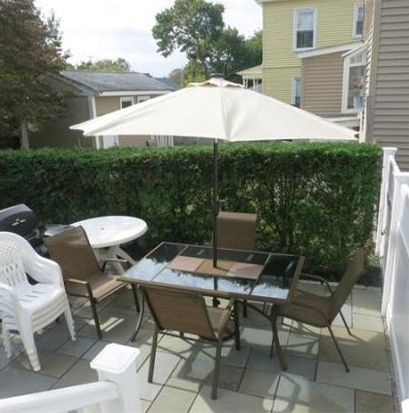 72 Topham St, New Bedford, MA 02746
