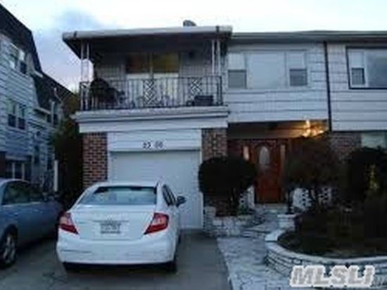 2306 Waters Edge Dr, Flushing, NY 11360