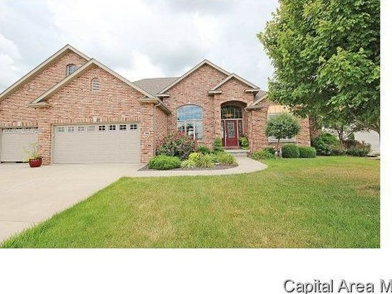 208 Grindstone Rd, Chatham, IL 62629