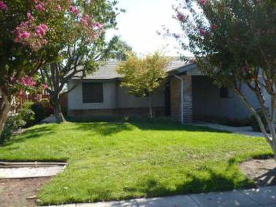 1334 Garland Ave, Clovis, CA 93612