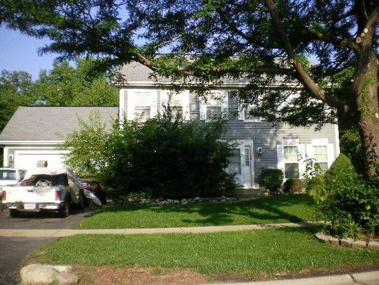 680 Brookstone Rd, Grayslake, IL 60030