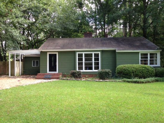 1179 5th St SW, Moultrie, GA 31768