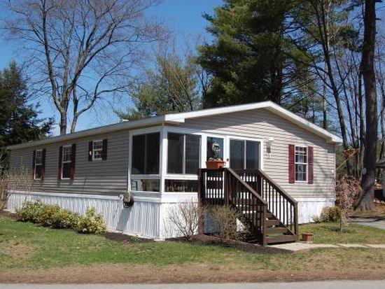 3 Knights Ln, Epsom, NH 03234