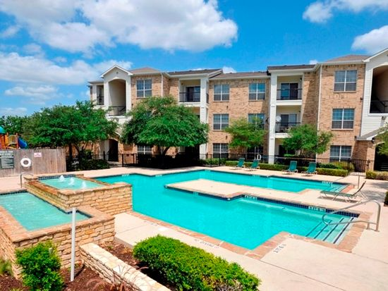 Apt 0416 stoneybrook apartments townhomes in san for Zillow apartments san antonio