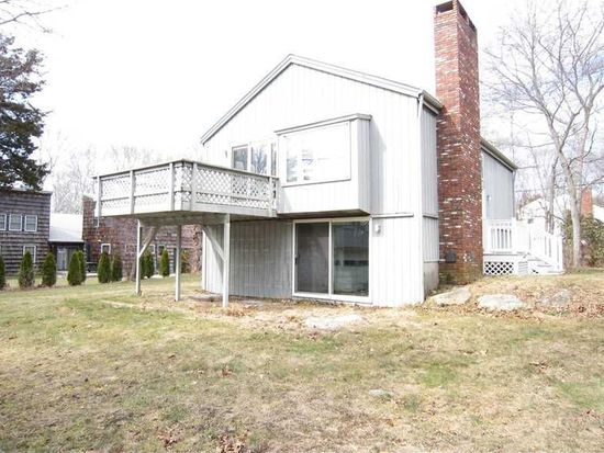 51 Wagner Rd, Westerly, RI 02891