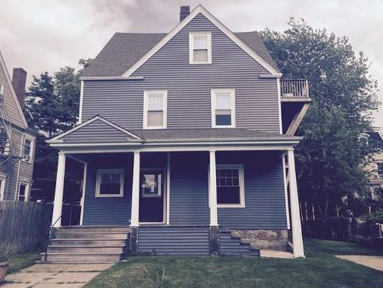 61 Belmont St, Fall River, MA 02720