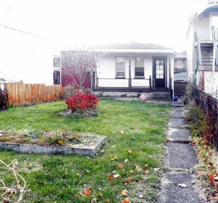 313 Maplewood Ave, Ambridge, PA 15003