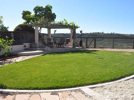 7283 Park Village Rd, San Diego, CA 92129
