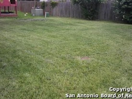 5851 Creekway St, San Antonio, TX 78247