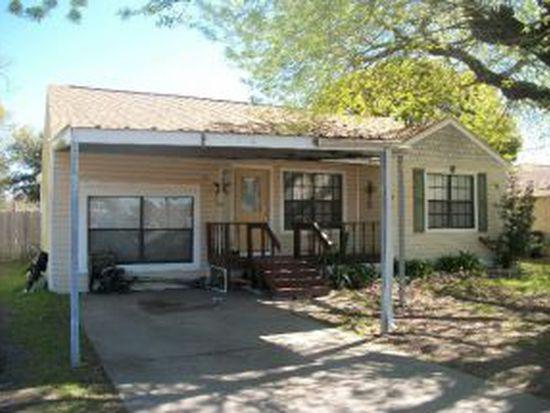 760 N John St, Bridge City, TX 77611