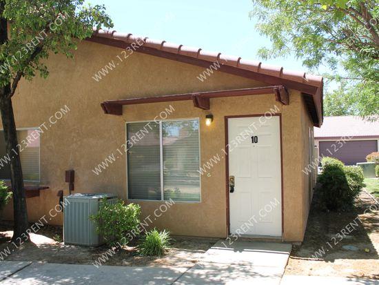 38000 17th St E APT 17, Palmdale, CA 93550
